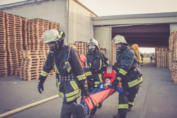 Feuerwehrübung bei Hochfranken Holz 2